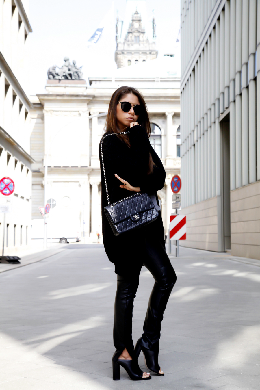 Fashionrella in Deutschland black leder